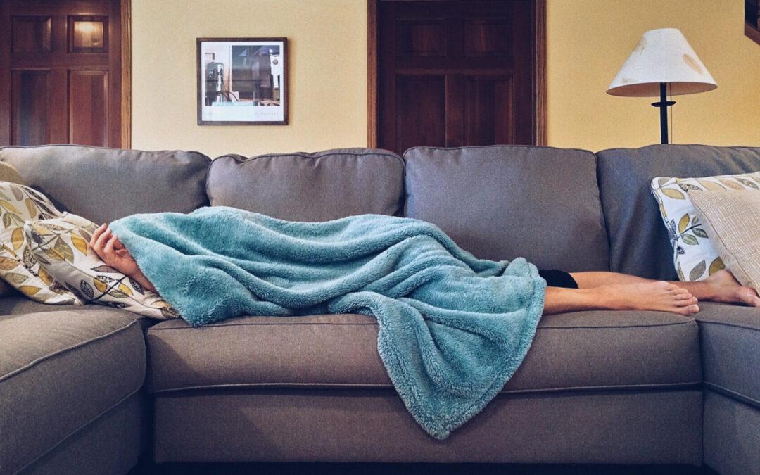 Materac na wersalkę – jaki wybrać materac aby poprawić komfort snu na wersalce i zadbać o kręgosłup?